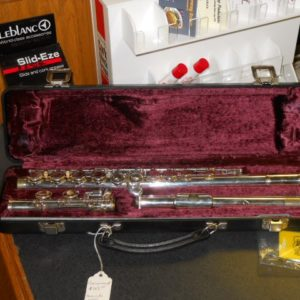 Used Instrument: Armstrong 104 Flute --#6092349
