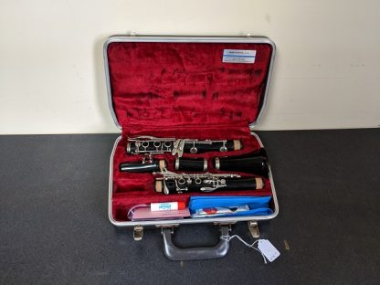 This Bundy clarinet is a student level clarinet.