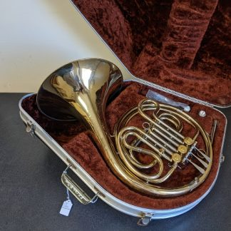 This Olds French Horn is a well suited horn for a beginner player.