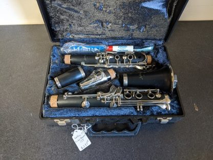 This Artley clarinet is a durable clarinet that would be good for outdoor events like marching band.