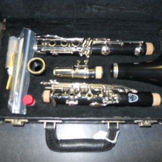 Used Instrument: Holton Clarinet--#D01623