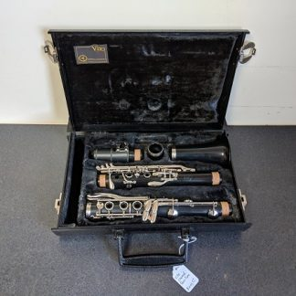 This Vito is a nice clarinet for a beginner player.